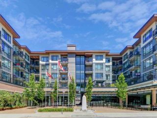 "Photo 1: 507 2525 CLARKE Street in Port Moody: Port Moody Centre Condo for sale in ""THE STRAND"" : MLS®# R2493487"