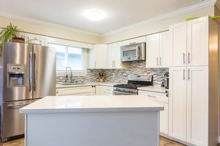 """Photo 7: 1906 PARKLAND Drive in Coquitlam: River Springs House for sale in """"RIVER SPRINGS"""" : MLS®# R2140004"""
