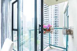 """Photo 8: 1603 939 HOMER Street in Vancouver: Yaletown Condo for sale in """"The Pinnacle"""" (Vancouver West)  : MLS®# R2620310"""