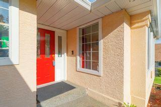 Photo 2: 6316 Crestwood Dr in : Du East Duncan House for sale (Duncan)  : MLS®# 877158