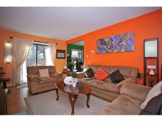 """Photo 5: 5 14171 104 Avenue in Surrey: Whalley Townhouse for sale in """"HAWTHORNE PARK"""" (North Surrey)  : MLS®# F1404162"""
