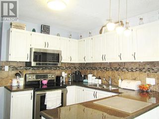 Photo 8: 10920 114 Street in Fairview: House for sale : MLS®# A1084319