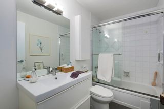 """Photo 16: 401 1340 DUCHESS Avenue in West Vancouver: Ambleside Condo for sale in """"Duchess Lane"""" : MLS®# R2594864"""
