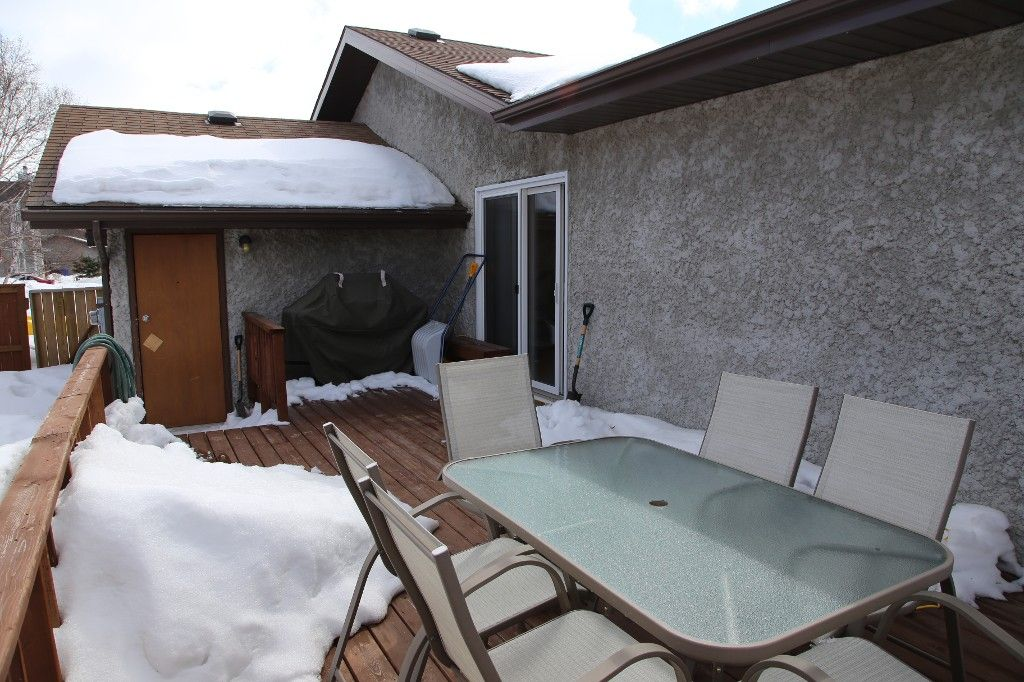 Photo 34: Photos: 28 Woodchester Place in Winnipeg: Charleswood Single Family Detached for sale (South Winnipeg)  : MLS®# 1406268
