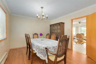 """Photo 19: 14528 SATURNA Drive: White Rock House for sale in """"Upper West White Rock"""" (South Surrey White Rock)  : MLS®# R2483571"""