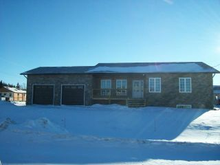FEATURED LISTING: 2 Lindell Drive WARREN