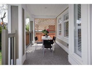 Photo 2: 1661 VICTORIA Drive in Vancouver: Grandview VE 1/2 Duplex for sale (Vancouver East)  : MLS®# V821460