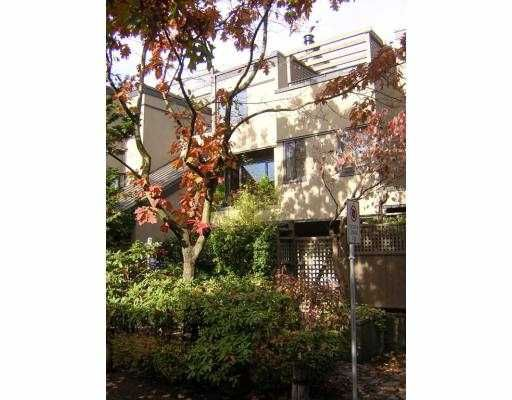 """Main Photo: 815 SAWCUT Point in Vancouver: False Creek Townhouse for sale in """"HEATHER POINT"""" (Vancouver West)  : MLS®# V616539"""