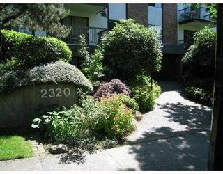 Photo 1: 205 2320 TRINITY Street in Vancouver: Hastings Condo for sale (Vancouver East)  : MLS®# V731833