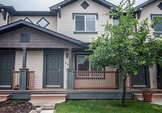 Photo 3: 53 105 DRAKE LANDING Common: Okotoks Row/Townhouse for sale : MLS®# C4257237
