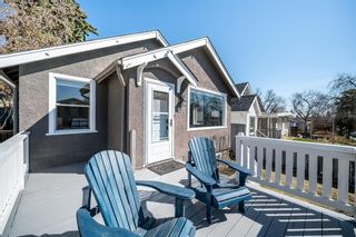Main Photo: 136 30 Avenue NW in Calgary: Tuxedo Park Detached for sale : MLS®# A1093987