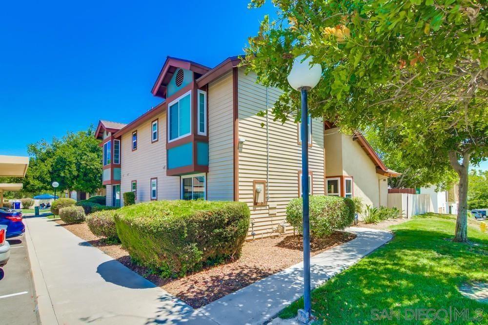 Main Photo: PARADISE HILLS Condo for sale : 2 bedrooms : 1633 Manzana Way in San Diego