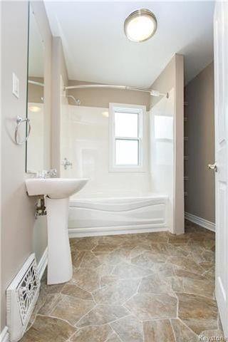 Photo 14: 124 Arlington Street in Winnipeg: Wolseley Residential for sale (5B)  : MLS®# 1715891
