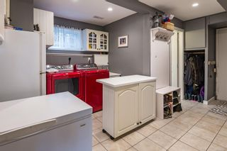 Photo 14: 463 Woods Ave in : CV Courtenay City House for sale (Comox Valley)  : MLS®# 863987