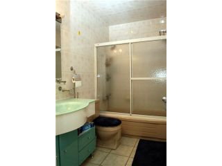 """Photo 9: 306 2222 CAMBRIDGE Street in Vancouver: Hastings Condo for sale in """"THE CAMBRIDGE"""" (Vancouver East)  : MLS®# V820038"""