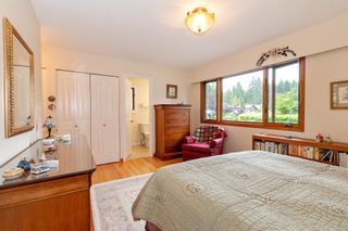 """Photo 11: 3091 HOSKINS Road in North Vancouver: Lynn Valley House for sale in """"Lynn Valley"""" : MLS®# R2465736"""