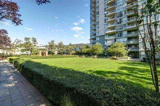 Photo 14: 901-235 Guildford Way in Port Moody: Condo for sale : MLS®# R2211651