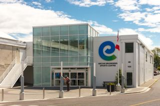 Photo 33: 2 477 Lampson St in : Es Old Esquimalt Condo for sale (Esquimalt)  : MLS®# 862134