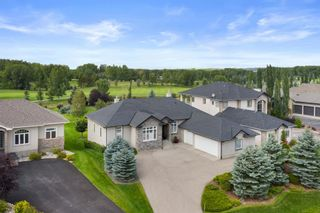 Photo 2: 15 Lynx Meadows Drive NW: Calgary Detached for sale : MLS®# A1139904