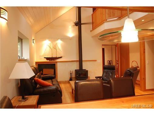 Photo 2: Photos: 195 Victoria St in SALT SPRING ISLAND: GI Salt Spring House for sale (Gulf Islands)  : MLS®# 752518