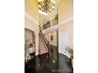 Photo 2: 2162 Bellamy Rd in VICTORIA: La Thetis Heights House for sale (Langford)  : MLS®# 757521