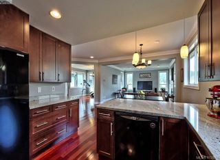 Photo 8: 432 Nursery Hill Dr in VICTORIA: VR View Royal House for sale (View Royal)  : MLS®# 818287