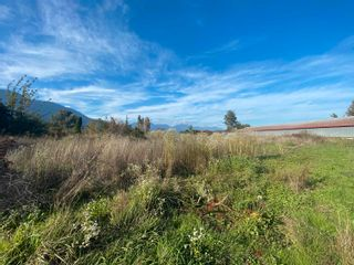 Photo 8: 5097 BOUNDARY Road in Abbotsford: Sumas Prairie House for sale : MLS®# R2604638