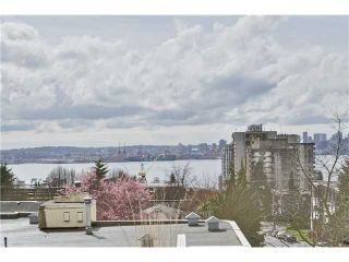 """Photo 1: 520 ST GEORGES Avenue in North Vancouver: Lower Lonsdale Townhouse for sale in """"STREAMLNE PLACE"""" : MLS®# V1055131"""