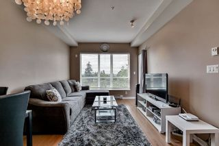 Photo 4: 417 6440 194 Street in Surrey: Clayton Condo for sale (Cloverdale)  : MLS®# R2091537