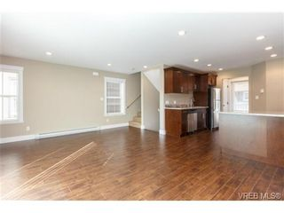 Photo 5: 104 990 Rattanwood Pl in VICTORIA: La Happy Valley Row/Townhouse for sale (Langford)  : MLS®# 711629