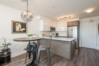 """Photo 6: 516 2525 CLARKE Street in Port Moody: Port Moody Centre Condo for sale in """"THE STRAND"""" : MLS®# R2531825"""