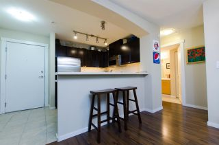 """Photo 11: 205 9339 UNIVERSITY Crescent in Burnaby: Simon Fraser Univer. Condo for sale in """"HARMONY"""" (Burnaby North)  : MLS®# R2113560"""