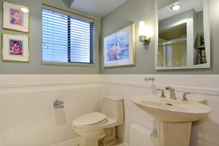 "Photo 11: 6880 ROCKFORD Place in Delta: Sunshine Hills Woods House for sale in ""SUNSHINE HILLS"" (N. Delta)  : MLS®# R2093097"