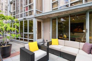"""Photo 30: 301 930 CAMBIE Street in Vancouver: Yaletown Condo for sale in """"PACIFIC PLACE LANDMARK II"""" (Vancouver West)  : MLS®# R2592533"""