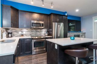 Photo 5: 37 19525 73 AVENUE in Surrey: Clayton Townhouse for sale (Cloverdale)  : MLS®# R2440740