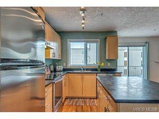 Photo 3: 302 885 Ellery St in VICTORIA: Es Old Esquimalt Condo for sale (Esquimalt)  : MLS®# 694220