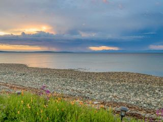 Photo 28: 5525 W Island Hwy in QUALICUM BEACH: PQ Qualicum North House for sale (Parksville/Qualicum)  : MLS®# 837912