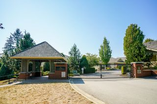 """Photo 3: 41 15450 ROSEMARY HEIGHTS Crescent in Surrey: Morgan Creek Townhouse for sale in """"CARRINGTON"""" (South Surrey White Rock)  : MLS®# R2301831"""