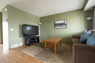 Photo 5: 197 Martin Crossing Crescent NE in Calgary: Martindale Detached for sale : MLS®# A1130039