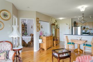 """Photo 8: 419 3629 DEERCREST Drive in North Vancouver: Roche Point Condo for sale in """"DEERFIELD BY THE SEA"""" : MLS®# R2165310"""