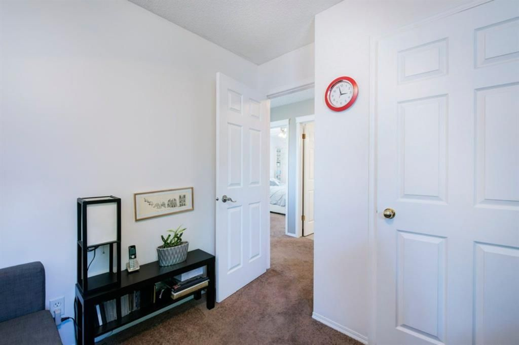 Photo 32: Photos: 10 MT BREWSTER Circle SE in Calgary: McKenzie Lake Detached for sale : MLS®# A1025122