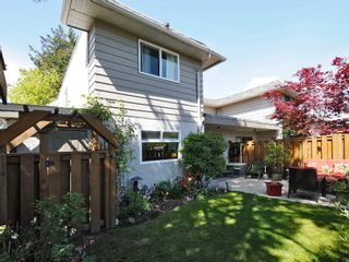 Photo 3: 1 1010 Ellery St in VICTORIA: Es Rockheights Row/Townhouse for sale (Esquimalt)  : MLS®# 669654