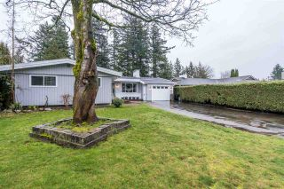 Photo 3: 2840 UPLAND Crescent in Abbotsford: Abbotsford West House for sale : MLS®# R2537410