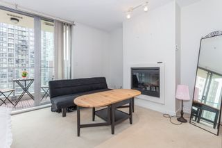 """Photo 8: 1007 1225 RICHARDS Street in Vancouver: Downtown VW Condo for sale in """"THE EDEN"""" (Vancouver West)  : MLS®# R2107560"""