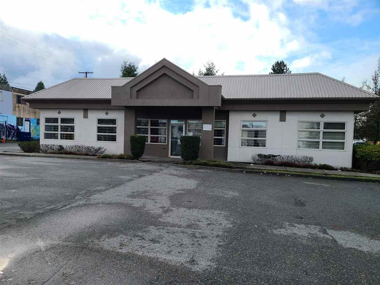 Main Photo: 14672 108A Avenue in Surrey: Bolivar Heights Office for lease (North Surrey)  : MLS®# C8035653