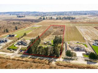 Main Photo: 15522 48 Avenue in Surrey: Serpentine House for sale (Cloverdale)  : MLS®# R2560832