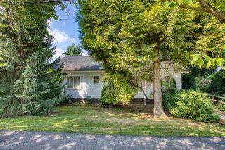 Photo 1: 375 N KOOTENAY Street in Vancouver: Hastings House for sale (Vancouver East)  : MLS®# R2491126