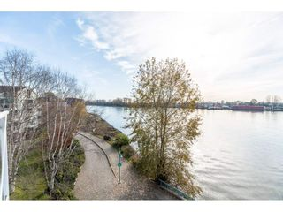 """Photo 18: 411 2020 SE KENT Avenue in Vancouver: South Marine Condo for sale in """"Tugboat Landing"""" (Vancouver East)  : MLS®# R2418347"""
