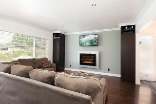 "Photo 5: 448 CULZEAN Place in Port Moody: Glenayre House for sale in ""GLENAYRE"" : MLS®# R2578892"