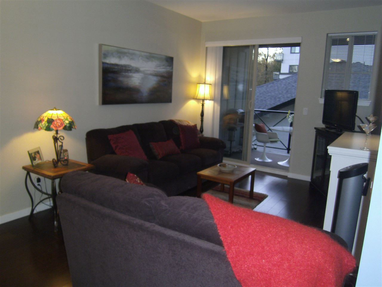 """Photo 4: Photos: 304 2336 WHYTE Avenue in Port Coquitlam: Central Pt Coquitlam Condo for sale in """"CENTREPOINTE"""" : MLS®# R2014539"""